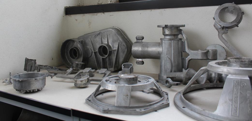 Serie di stampate in pressofusione in alluminio