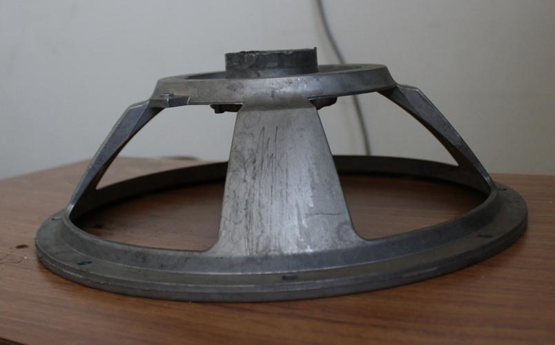 Cestello ottenuto in pressofusione di alluminio